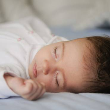 Signs of Anxiety in Infancy May Foreshadow Autism